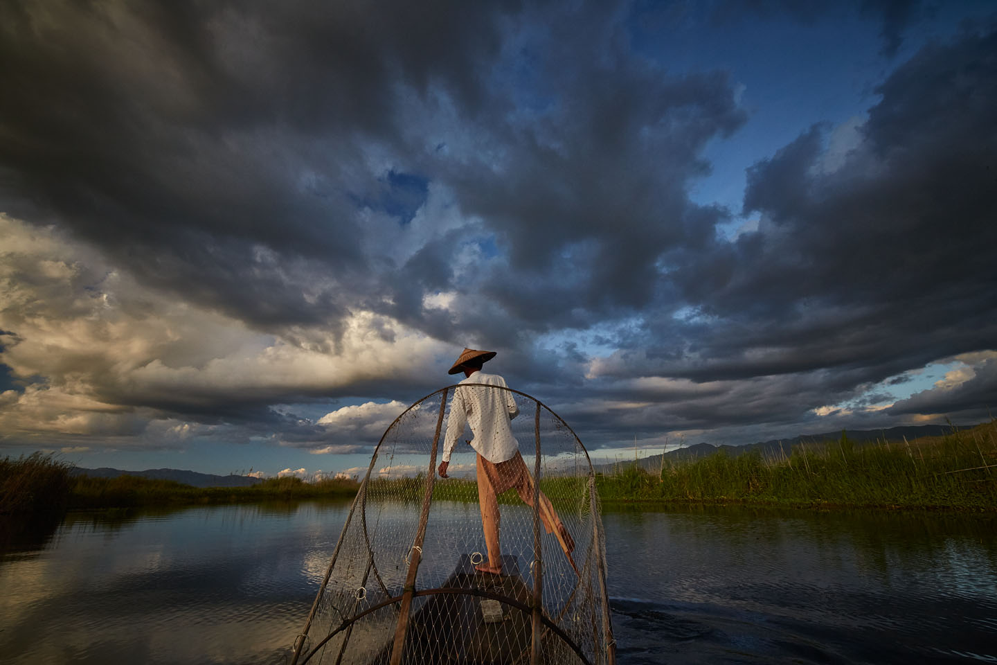 Threatening clouds over Inle lake